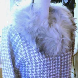 SIONI Faux Fur Trim Single Clasp Cardigan NWT